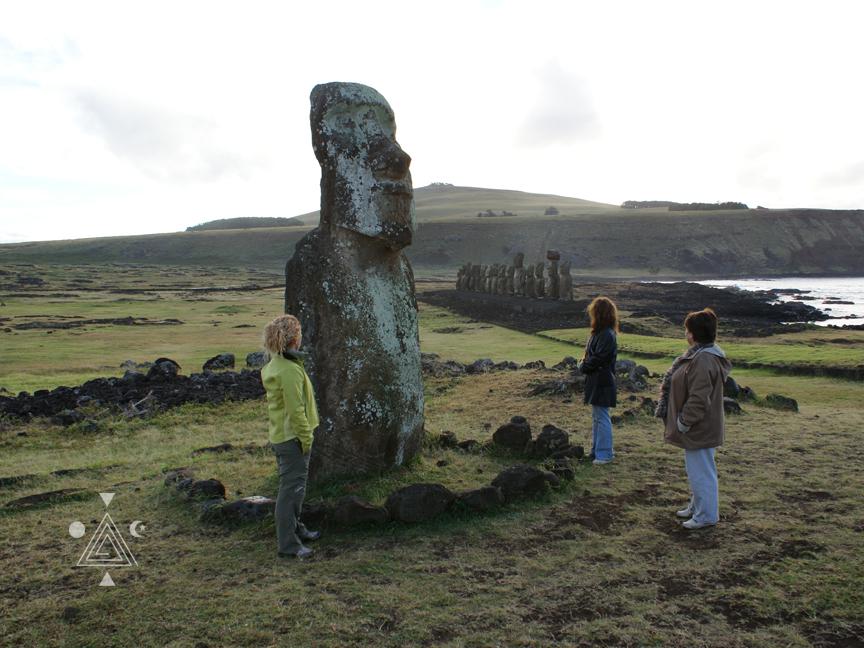 An* en Tongariki. Isla de Pascua