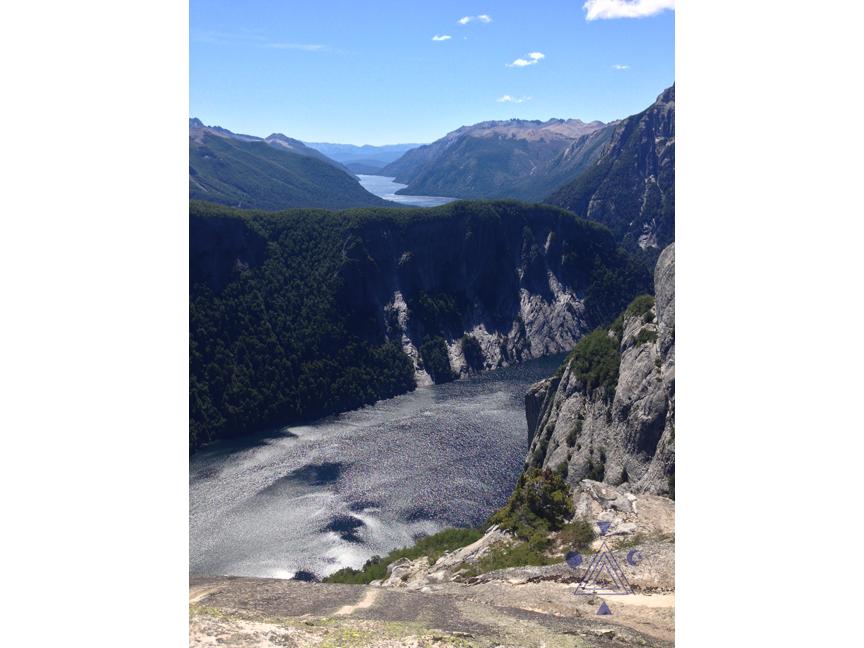 Final del Brazo Tristeza. Lago Nahuel Huapi. Bariloche
